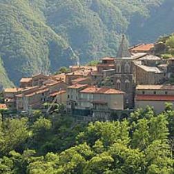 Panorama Stazzema - Foto tratta da www.turismo.intoscana.it